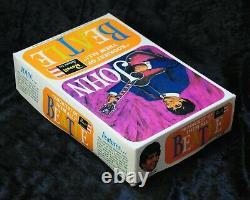 Beatles, original rare vintage John Lennon Revell Model Kit in orig. Box, sealed
