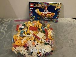 LEGO Ideas 21306 The Beatles Yellow Submarine Complete withInstructions