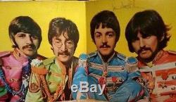 The Beatles Signed Album SGT Peppers John Lennon Paul McCartney